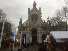 聖カトリーヌ教会です。 中に入ったことは一度もありません・・ 今度行ったら入ってみよう。(多分)