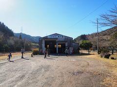 駅前には人吉市SL展示館があるので、ちょっと覗いてみましょう。