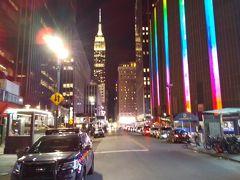やっとホテルへ着きました。エンパイヤとマジソンスクエア夜景。
