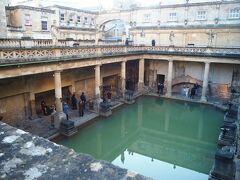 古い町並みが素敵なバース。 BATH(お風呂)の語源になったらしいけど実際は違うとか。