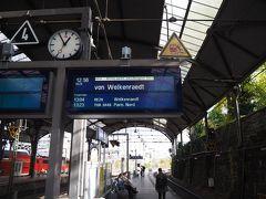 それではアーヘンからブリュッセルに向かいます。 まずはwelkenraedt(ウェルカンラト)行きへ乗車。どうやらベルギーへの国境越えの電車は、9番ホームから1時間に1本程度出ているみたい。