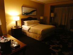 ラスベガス到着。 ラスベガスの宿は、前半はグリーンバレーランチ。 初めて泊まるホテルです。 部屋は広々としていて、落ち着きのある雰囲気。