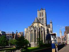 聖ニコラス教会は11世紀の中頃に建設されましたが、12世紀に火災に遭い、13世紀に再建されました。