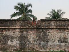 コーンウォリス要塞(1786年建造)。入場料(20MYR)を払って中に入りましたが、外から城壁を眺めた方が要塞の歴史を感じることができるのでは。