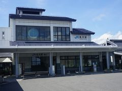●JR高月駅  駅舎。 こちらは、西口になります。 この駅は、1882年に国鉄の駅として開業しました。