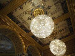 V&Aカフェは ギャンブル・ルーム モリス・ルーム ポインター・ルーム の3つの部屋に分かれています。 空いていれば好きな場所に座れます。