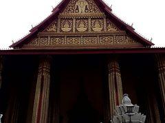 お次はこちら。「ワット ホーパケオ」  「ワット・シーサケート」 の向かいに位置しますが、入口が入りにくかった。  ここは初めての訪問です。 このお寺はセタティラート王がルアンパバーンからビエンチャンに遷都する際、タイ北部から運ばれたエメラルド仏を安置するために造った寺院です。