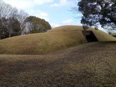 まず最初は塚坊主古墳。高さ4.5mの前方後円墳。