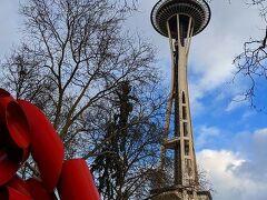 やってきたのは「スペースニードル」 シアトルのランドマークタワーです。