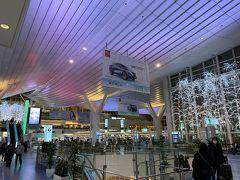 (出発3時間10分前) 羽田空港国際線ターミナルに到着しました。