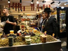 マハネー・イエフダー市場を散策、食事、買い物