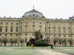 ホテルのチェックアウトを済ませ、一番に向かったのが世界遺産レジデンツです。 レジデンツはヴュルツブルクにある大司教の宮殿です。
