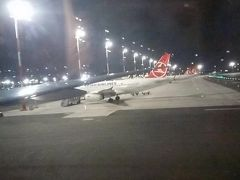 そしてイスタンブール新空港に到着。 約12時間のフライトでしたがあっという間でした。