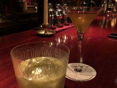 ◆これまた久しぶり  バンコクでまだお気に入りのBARが見つけられていないので、いつものBARで久しぶりに飲むフランシスアルバート。やっぱり美味い!