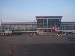 という事で定刻通り7:00ジャストに福岡空港到着