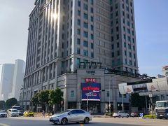 ホテルに朝食がついていないため、ブギス駅にて朝食で検索すると、ヤ・クン・カヤ・トースト ブギス・ジャンクション店を見つけることができました。