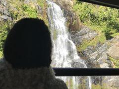鉄道から見るバロン滝