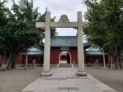 ここには日本式の鳥居もありました! 日本統治時代のものだそうです。
