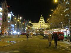少し迷いましたが、何とか見覚えのあるヴァーツラフ広場まで来ました。ここからゲストハウスまでは近いです。