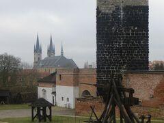 ヘプ城に入場しました。なぜか無料でした。しかし、黒塔には登れないみたいです。理由は不明です。