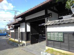 散歩を続け、小泉八雲記念館へ。昔に来た時は、こんな立派な記念館あったかな。調べて見たら2016年にリニューアルされていたのですね。  来日から日本での活動など、著作とともにわかりやすく展示されていました。