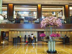 ホテルには30分で到着。これも順調です。  宿泊するグランド・ハイアット・マニラはBGC(ボニファシオ・グローバル・シティ)にあります。