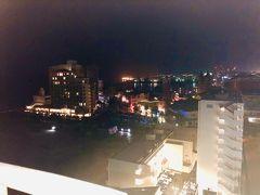 AM6:30の沖縄。 まだ暗い。