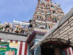 ムスタファセンターを出て、スリ・ヴィラマカリアマン寺院までは、5分ほどで行けます。