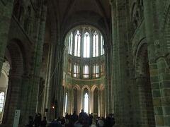 寺院の中に入ります。 修道院の中は30分程度で見て回れます。