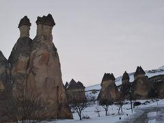 次に、奇岩が立ち並ぶパシャバーへ