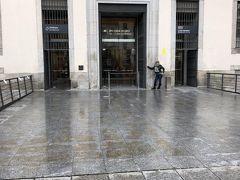 ソフィア王妃芸術センター  ここはスペインの現代アートをリードする前衛的な美術館だそうです  1990年にオープンした20世紀を中心とする近現代美術品を収蔵している