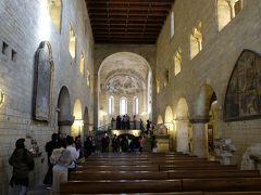 聖ヴィート大聖堂とは全く違った教会です。