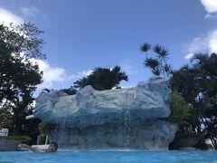 からのプール。 マルコポーロプラザホテルにて。