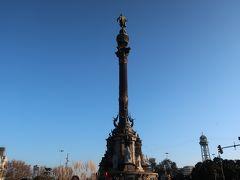 そして、海側へ歩いていくと「コロンブスの塔」が見えますよー!!!。