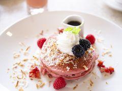 私は、ロイヤルハワイアンといえばこれ!のピンクパンケーキ。憧れていました。