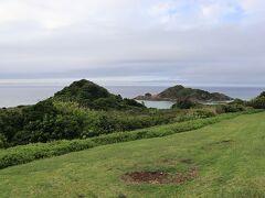 川平湾の奥にある岬の先端、川平石崎。