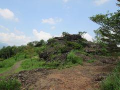 峠のすぐ近く(隣)にしし岩という展望台があります。