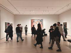 ミッドタウンに戻ってからは、ニューヨーク近代美術館でコレクションをゆっくり鑑賞しました。月並みな言い方ですが、コレクション展はまさに、教科書や本の図版で見た作品を実際に見る時間として楽しいひとときでした。特にアンリ・マティスの作品は、美術の先生がマティス好きで教室にポスターを飾っていたこともあり、実物を見られてかなり感慨深いものがありました。