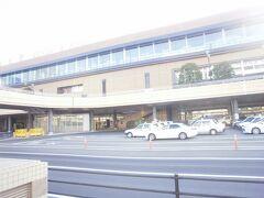 おはようございます。  仙台駅です。 コロナの影響か、閑散としています。