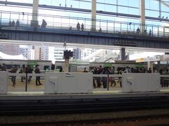 高輪ゲートウェイ駅到着。次に行く場所あるので 写真数枚の撮影です。