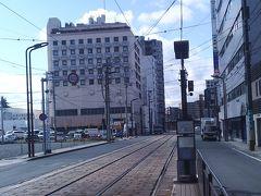 スタートは熊本から  宿泊した「法華クラブ」です。  八代の友人の車を当てにしていたので、熊本市内にホテルをとりました。熊本から福岡・柳川までは車で1時間です。近いのです。  ホテルは大浴場があり、「朝食自慢」のホテルです。楽天のポイントを利用したので、二泊で6,600円で泊まれました。