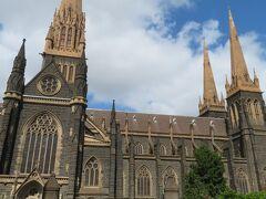 セント・パトリック大聖堂を訪れました。