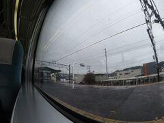 13時43分、富士根。  駅名に富士はあっても富士山は見えず。