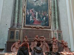 まだ電車までには時間があるので サン ピエトロ大聖堂 にやって来ました