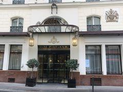 ホテル サン ペテルブルクオペラ&スパの正面入り口