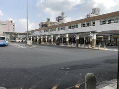 松江の駅は静かな佇まいでした。