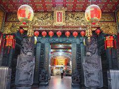 「台北天后宮(西門町媽祖廟)」 西門に行くの3度目だけど、こんな所に寺院があるのは初めて知った