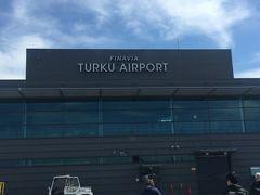 フィンランドのツルク空港到着し、ムーミンワールドに近いナーンタリスパホテルのムーミンルームに前泊しました。
