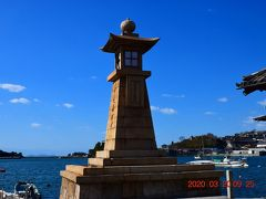 鞆の浦を象徴する『常夜灯』https://tomonoura.life/spot/12679/ ハリウッド映画やドラマのロケ地として登場したこともある有名な観光スポット。