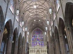 トリニティ教会。喧噪から遮断されていて厳かな空間。
